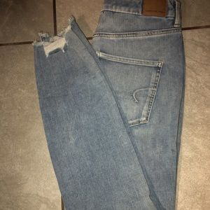 American Eagle Jeans ( little blue) with rips